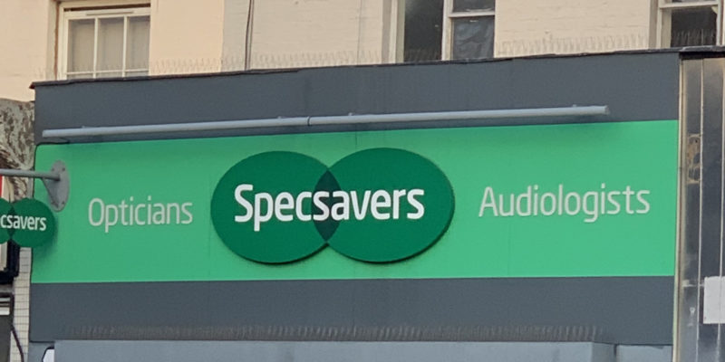 specsavers eye test